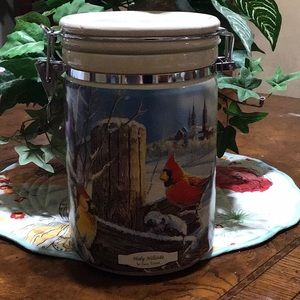 WILD WINGS Holly Hillside Canister by Sam Timm